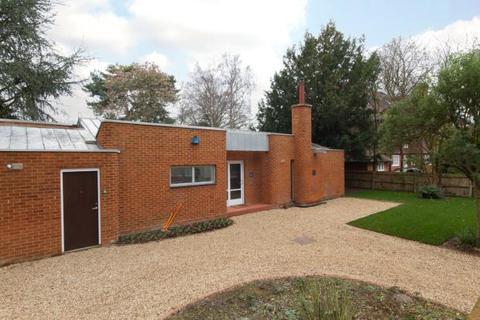 4 bedroom detached bungalow to rent - Herschel Road, Cambridge, Cambridgeshire