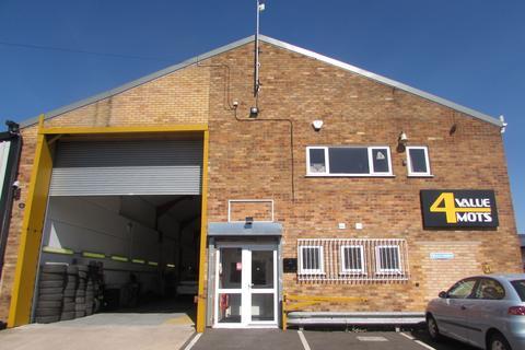 Garage to rent - Newton Road, Hinckley