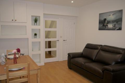 2 bedroom apartment to rent - Beechwood Road, Uplands
