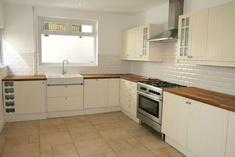 3 bedroom detached house to rent - Hazel Road, Uplands