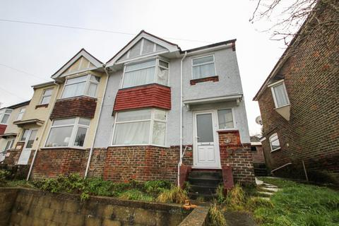 5 bedroom house to rent - Lower Bevendean Avenue, Brighton