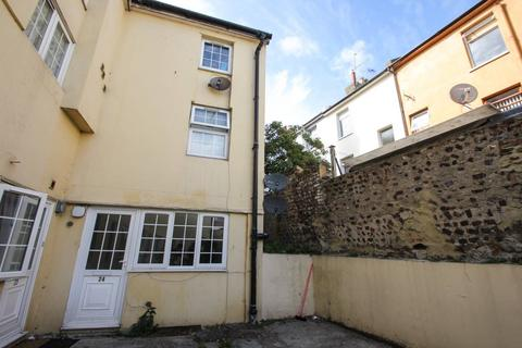 3 bedroom apartment to rent - St Martins Court, Lewes Road, Brighton