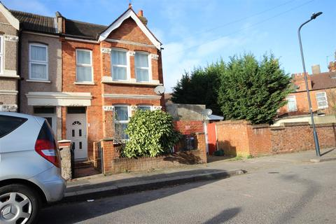 3 bedroom terraced house for sale - Selwyn Road, Harlesden NW10 8QX