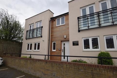 1 bedroom apartment for sale - Triangle Place, Heybridge, Maldon