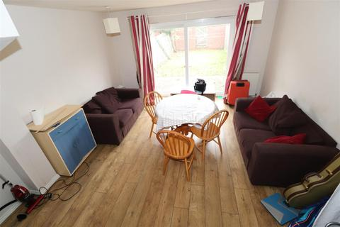 3 bedroom terraced house to rent - Signet Square Coventry CV2 4NY