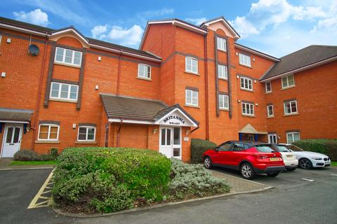 2 bedroom flat to rent - 2-Bedroom Flat to Let on Britannia Drive
