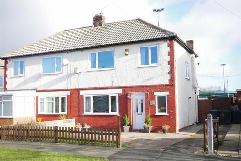 3 bedroom semi-detached house for sale - Kingsway, Wrose, BD2