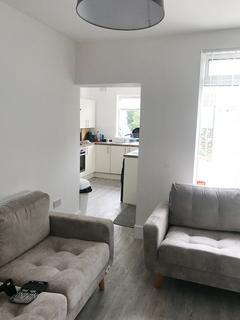 5 bedroom property to rent - Kearsley Road, Sheffield