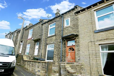 2 bedroom terraced house to rent - Orleans Street, Bradford, BD6