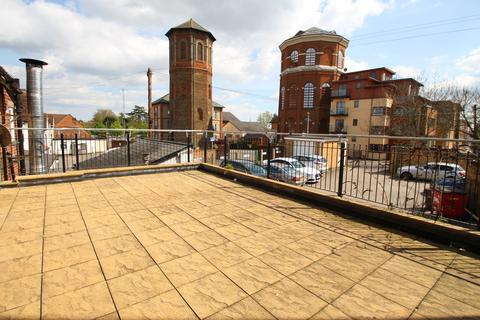 2 bedroom apartment to rent - Coggeshall Road, Braintree