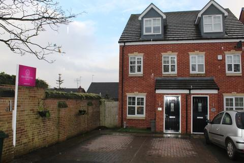 3 bedroom semi-detached house to rent - Oakhurst Close,Wardle,Rochdale