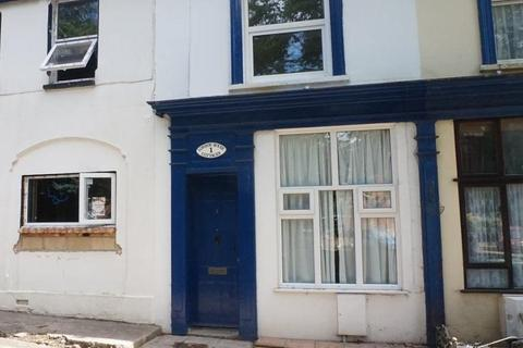 2 Bedroom Terraced House To Rent London House Cottages Queens Road Freshwater Po40