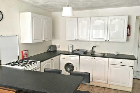 4 bedroom property to rent - Park Street, Treforest, Pontypridd