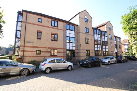2 bedroom apartment to rent - Swan Place, Reading, Berkshire, RG1