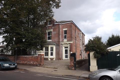 2 bedroom flat to rent - St. Andrews Road, Southsea