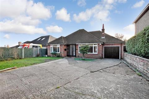 3 bedroom detached bungalow for sale - Willington Street, Maidstone, Kent