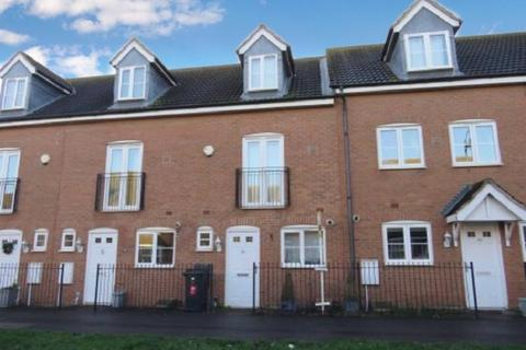 3 bedroom townhouse for sale - Vale Drive, Hampton Vale, Peterborough, Cambridgeshire. PE7 8EP