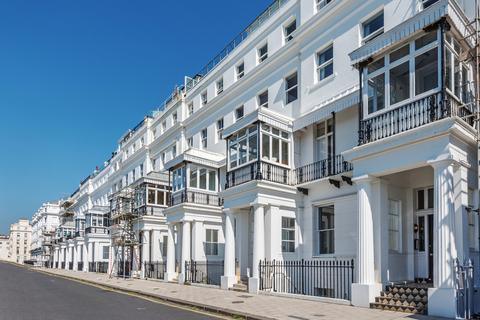2 bedroom apartment to rent - Chichester Terrace, Brighton