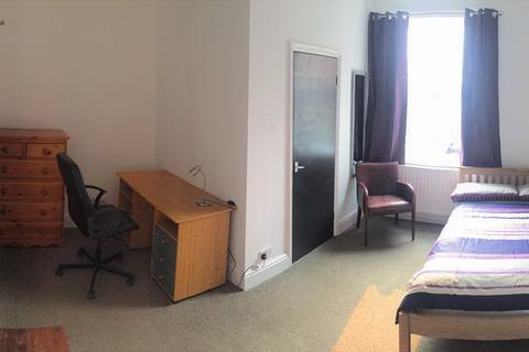 1 bedroom house share to rent - Monks Road
