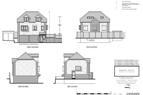 3 bedroom property with land for sale - Grays