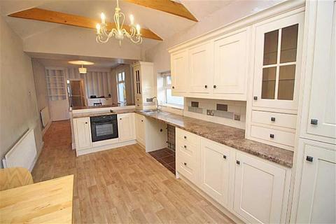 3 bedroom terraced house to rent - Heathfield Road, CARDIFF, Cardiff