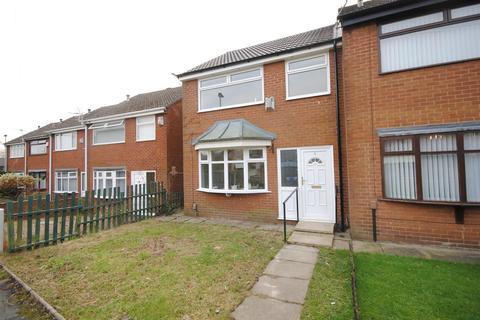 3 bedroom townhouse to rent - Elizabethan Walk, Platt Bridge, Wigan
