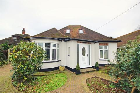 3 bedroom chalet for sale - Maldon Road, Great Baddow, CHELMSFORD, Essex