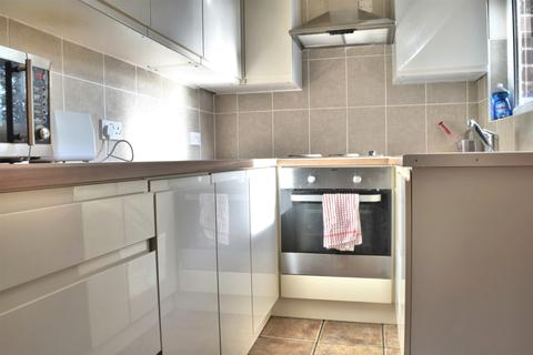 5 bedroom terraced house to rent - Elgin street , Crookes, sheffield S10