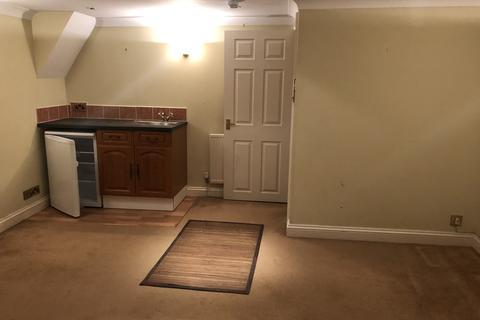 1 bedroom flat to rent -  Bampfylde Road, Torquay, TQ2