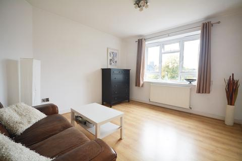 3 bedroom flat for sale - Tulse Hill, London SW2