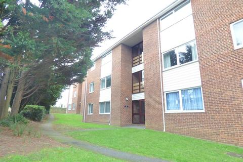 2 bedroom ground floor flat to rent - Station Road, Crayford, Dartford, DA1 3QQ