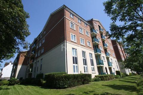 1 bedroom flat for sale - Montague Court, Hamlet Court Road