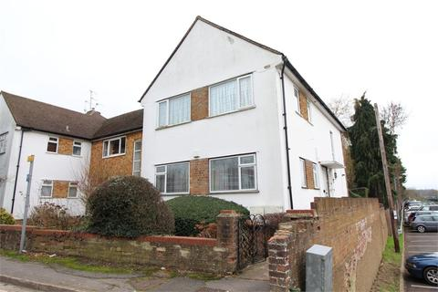 2 bedroom maisonette to rent - STATION CLOSE, BROOKMANS PARK