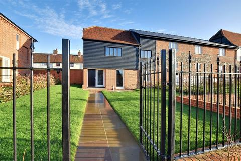 2 bedroom end of terrace house for sale - The Whittles, Mill End, Thaxted