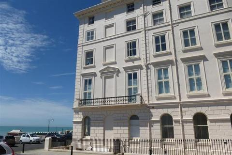 2 bedroom apartment to rent - Adelaide Crescent, Hove, East Sussex, BN3 2JJ