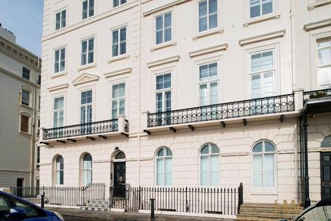 3 bedroom apartment for sale - Adelaide Crescent, Hove, East Sussex, BN3 2JL