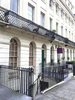 Studio to rent - Oriental Place, Brighton, East Sussex, BN1 2LJ