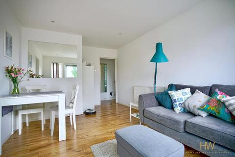 1 bedroom apartment for sale - Mountbatten Court, Ingram Crescent East, Hove, BN3 5LB