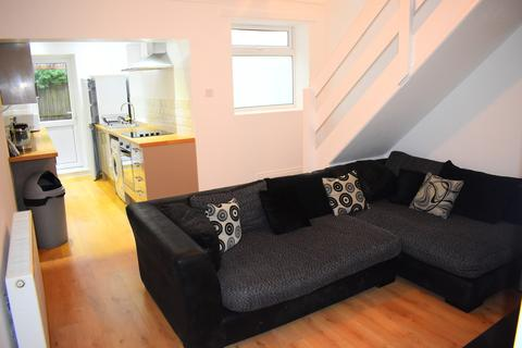 3 bedroom end of terrace house to rent - Church Road, Portsmouth