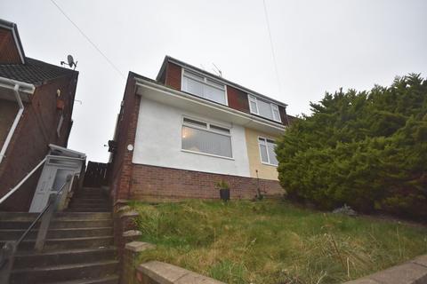 3 bedroom semi-detached house for sale - Crispin Way Kingswood