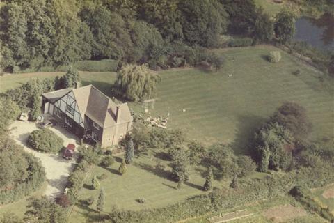 Land for sale - The Ridgeway, Potters Bar, Hertfordshire