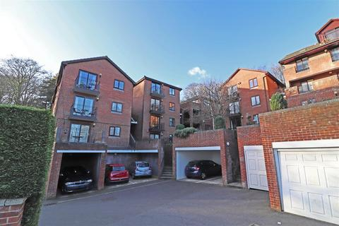 3 bedroom flat for sale - 31 Mill Street, Redhill