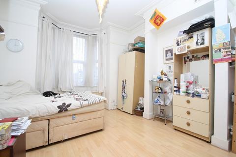 2 bedroom ground floor flat for sale - Charlton Road, Harlesden NW10