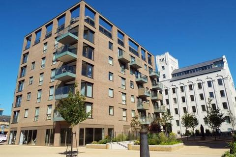 1 bedroom apartment to rent - Watson House, CB1
