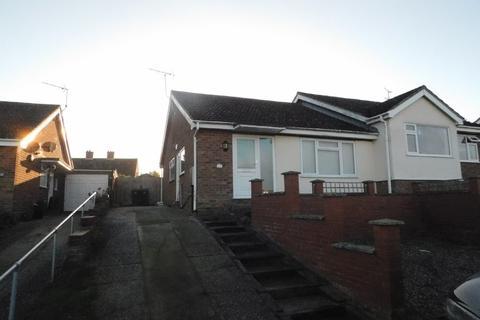 2 bedroom semi-detached bungalow for sale - Tippett Avenue, Stowmarket