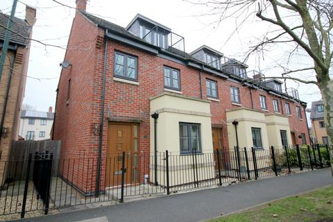 3 bedroom semi-detached house to rent - Halfpenny Walk, Wilford, Nottingham NG11