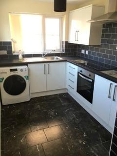 4 bedroom end of terrace house to rent - Ashfields New Road, Newcastle, Newcastle-Under-Lyme