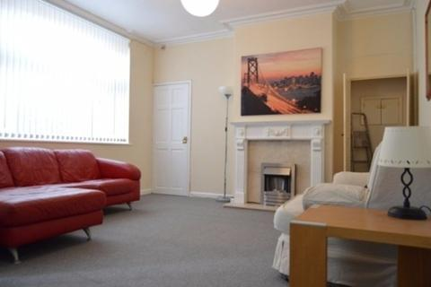 4 bedroom semi-detached house to rent - Stanley Road, Hartshill , Stoke-On-Trent