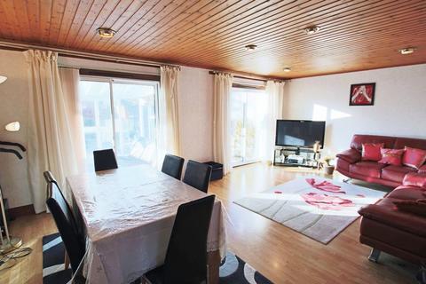 3 bedroom semi-detached villa for sale - Nevay Terrace, Dundee