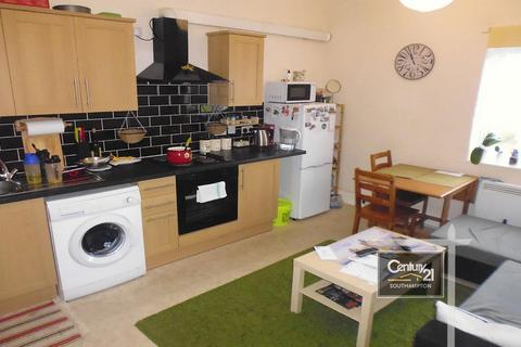 2 bedroom flat to rent -  Ref: 16D , Waterloo Road, Southampton, SO15 3AR